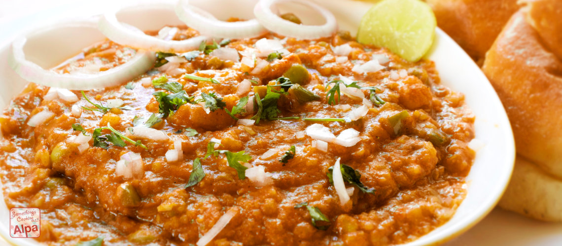 Mumbai Pav Bhaji – Popular Street Food of India.