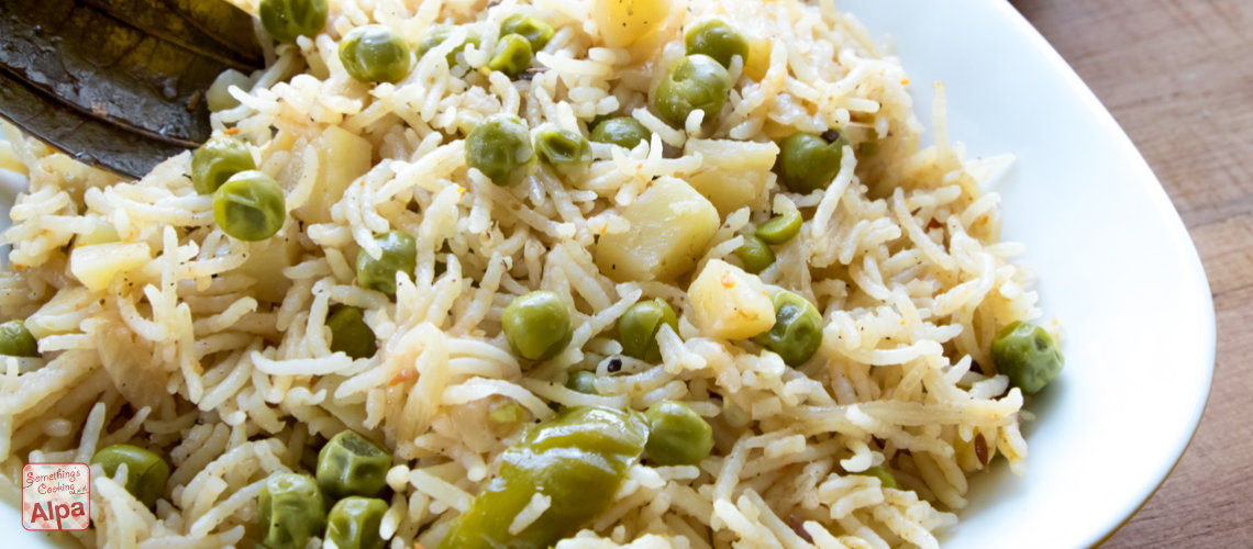 Quick Peas Rice  / Matar Pulav in Pressure Cooker –  Quick dinners recipe